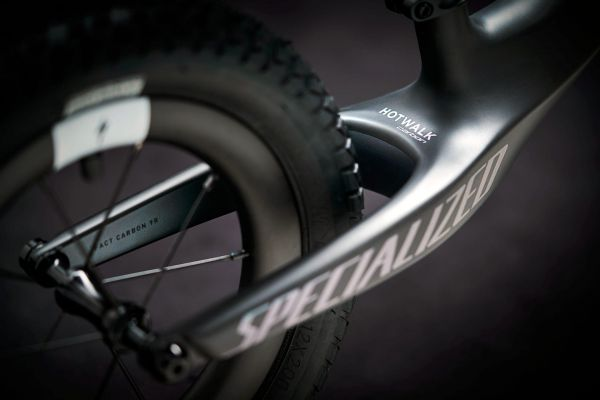 Specialized Hotwalk Carbon