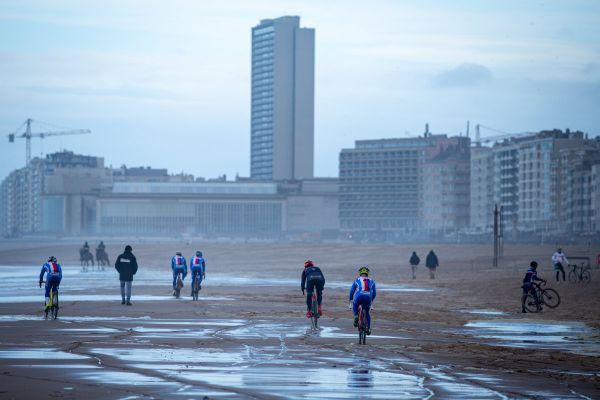 MS Oostende 2021 - trénink - příliv pomalu ustupuje