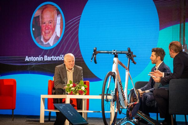 Král cyklistiky 2020 - síň slávy a Antonín Bartoníček