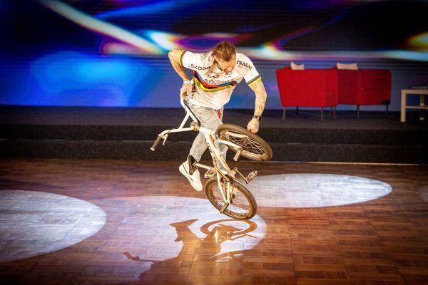 Král cyklistiky 2020 - Dominik Nekolný