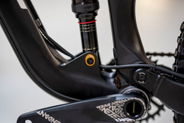 GT Sensor Carbon Elite