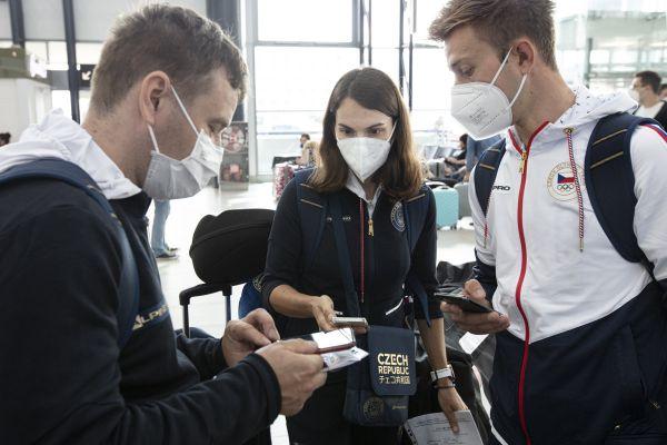 Čábelická a Cink odléttají do Tokia