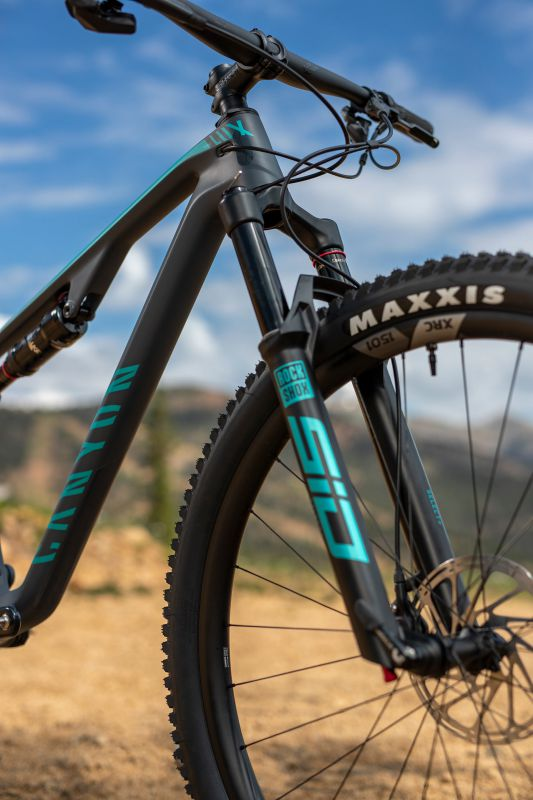 Canyon Lux Trail 2022
