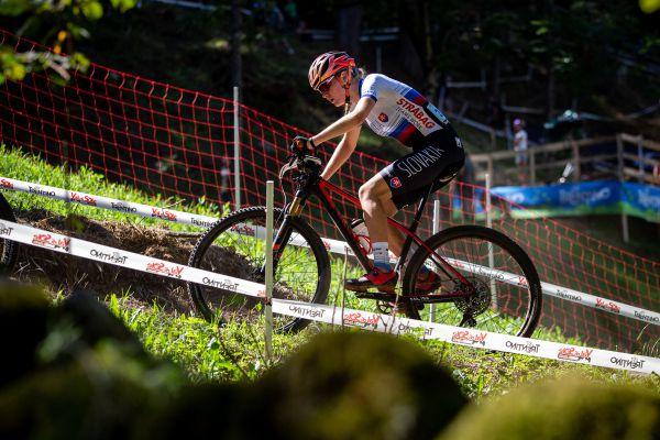 MS 2021 - junioři - výborně zajela i slovenská bikerka Tereza Kurnická