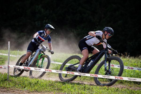 MS 2021 - e-MTB - boj o bronz mezi Wiedenroth a loňskou šampionkou Pugin