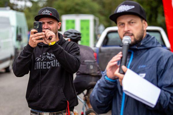 Michal Prokop vše dokumentuje a Michal Berka zase vše komentuje