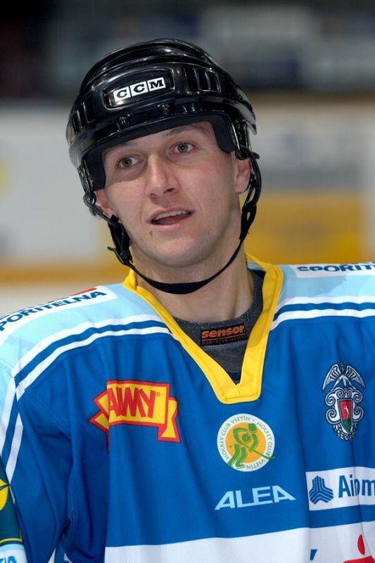 Ren� Andrle - V�no�n� hokejov� z�pas mezi cyklisty a zam�stnanci pra�sk� Sazka Areny, 2006