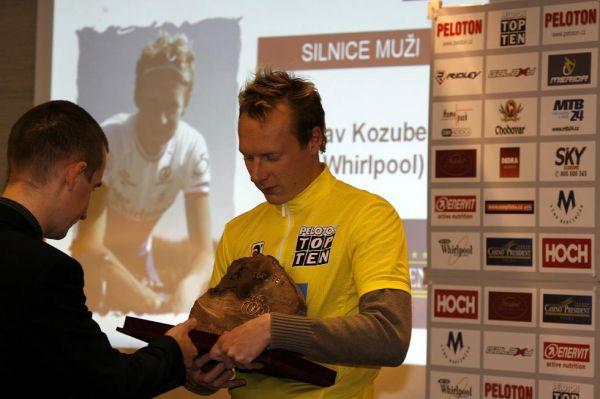 TOP TEN Pelotonu 06 - Standa Kozubek si odnesl hlavní trofej za mužskou silniční kategorii