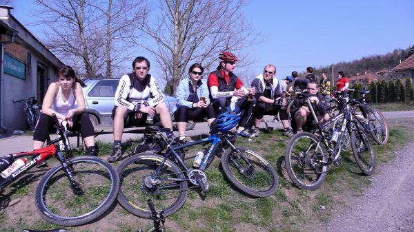 Aprílové bikování po stopách North Zewlu