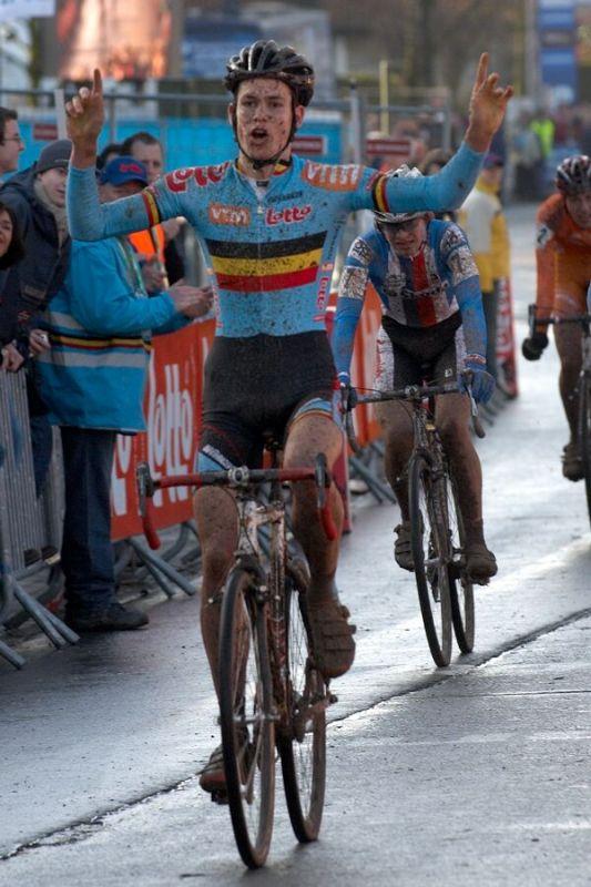 Vítěz Joeri Adams /BEL/ - Mistrovství světa v cyklokrosu 2007, junioři - Hooglede-Gits, Belgie