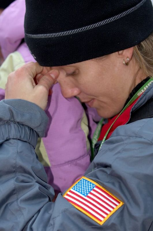 Manželka Jonathana Page těsně před dojezdem do cíle - MS cyklokros 2007, Hooglede-Gits (BEL)
