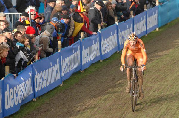Lars Boom - MS cyklokros 2007, Hooglede-Gits (BEL) - Photo: Frank Bodenmüller, www.mtbsector.com