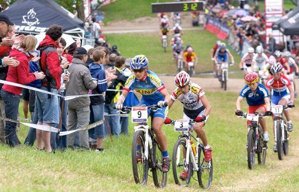 Nissan UCI MTB World Cup XC #2 26.-27.5. 2007 - Katka Nash-Hanušová jako čtvrtá po zaváděcím kole