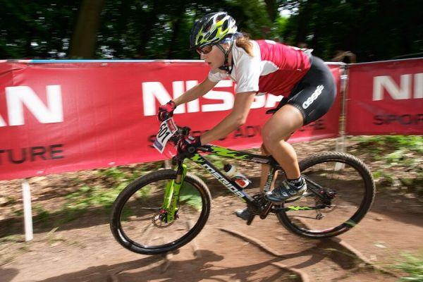 Nissan UCI MTB World Cup XC #2 26.-27.5. 2007 - vítězná juniorka Katrin Stirnemann
