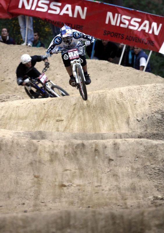 SP 4X No.1 Vigo 2007 - finále a vedoucí Gee Atherton