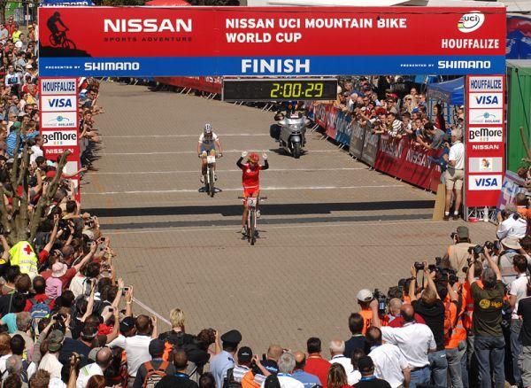 Nissan UCI MTB World Cup XC #1 Houffalize, 22.4.2007 - první čínské vítězství, foto: Tanja/www.MTBSector.com