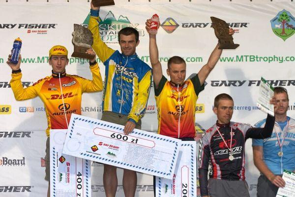 Beskidy MTB Trophy 2007 - 3. etapa 10.6. - Véna Hornych jako vítěz své kategorie