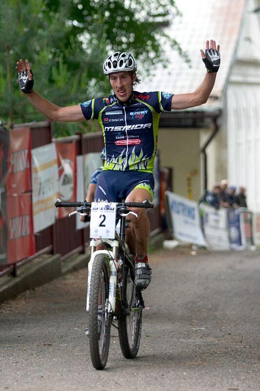 ČP XC 3. závod, Česká Kamenice 2.6.2007 - Milan Spěšný v cíli