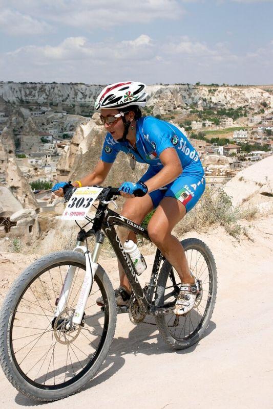 ME Cappadocia 2007 - závod žen U23 14.7. - Eva Lechner