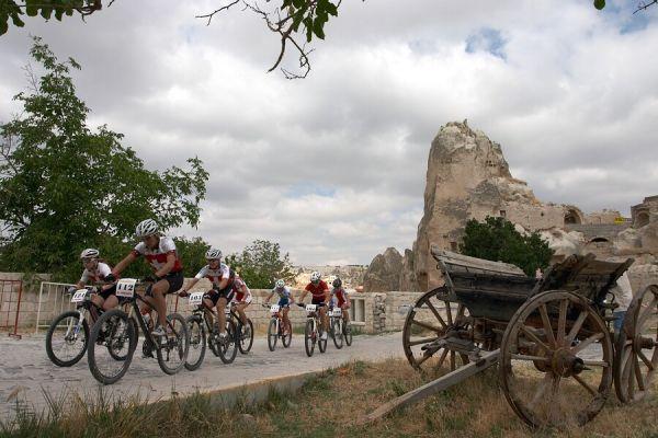 ME Cappadocia 2007 - závod žen 15.7.