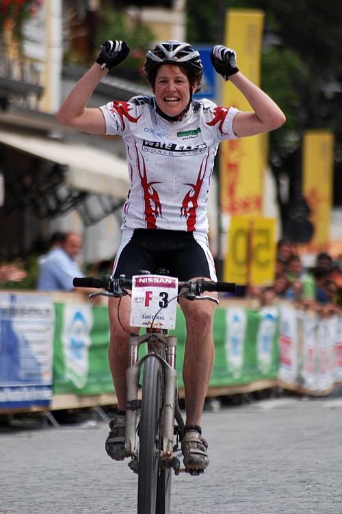 Dolomiti Superbike 07 - Esther Suss vítězí