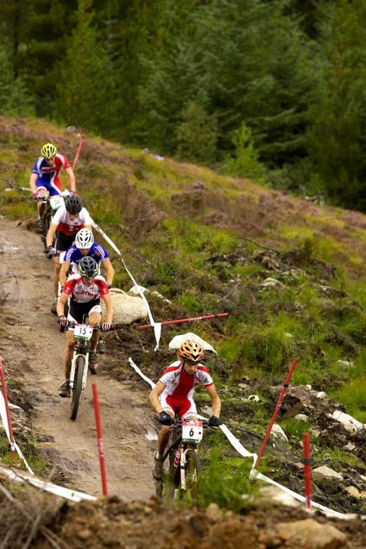 MS MTB Fort William - 6.9. 2007 - nejrychlej�� skupinka druh�ho kola