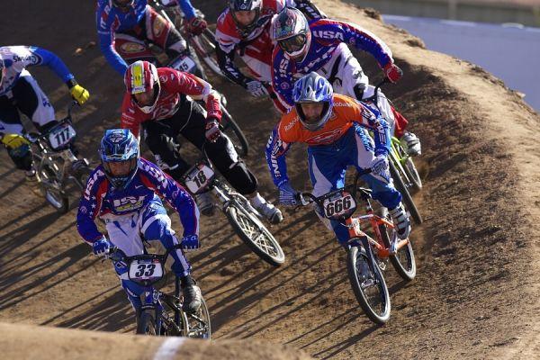 UCI BMX SuperX   13.-14.10. 2007 - Frejus, Francie - v chumlu Lukáš Tamme